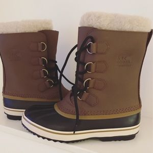 Sorel Men's Caribou Wool Boot: NWT